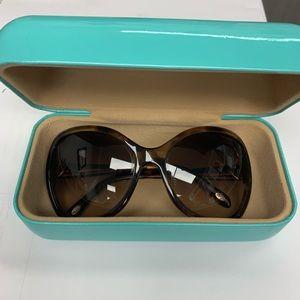 **MINT** Tiffany & Co Sunglasses!!